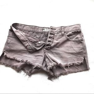 Free people mauve distressed frayed denim shorts